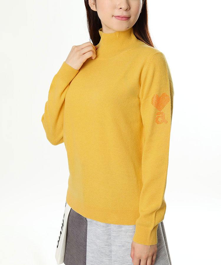 AR 選べるカラー★袖ロゴハイネックニット